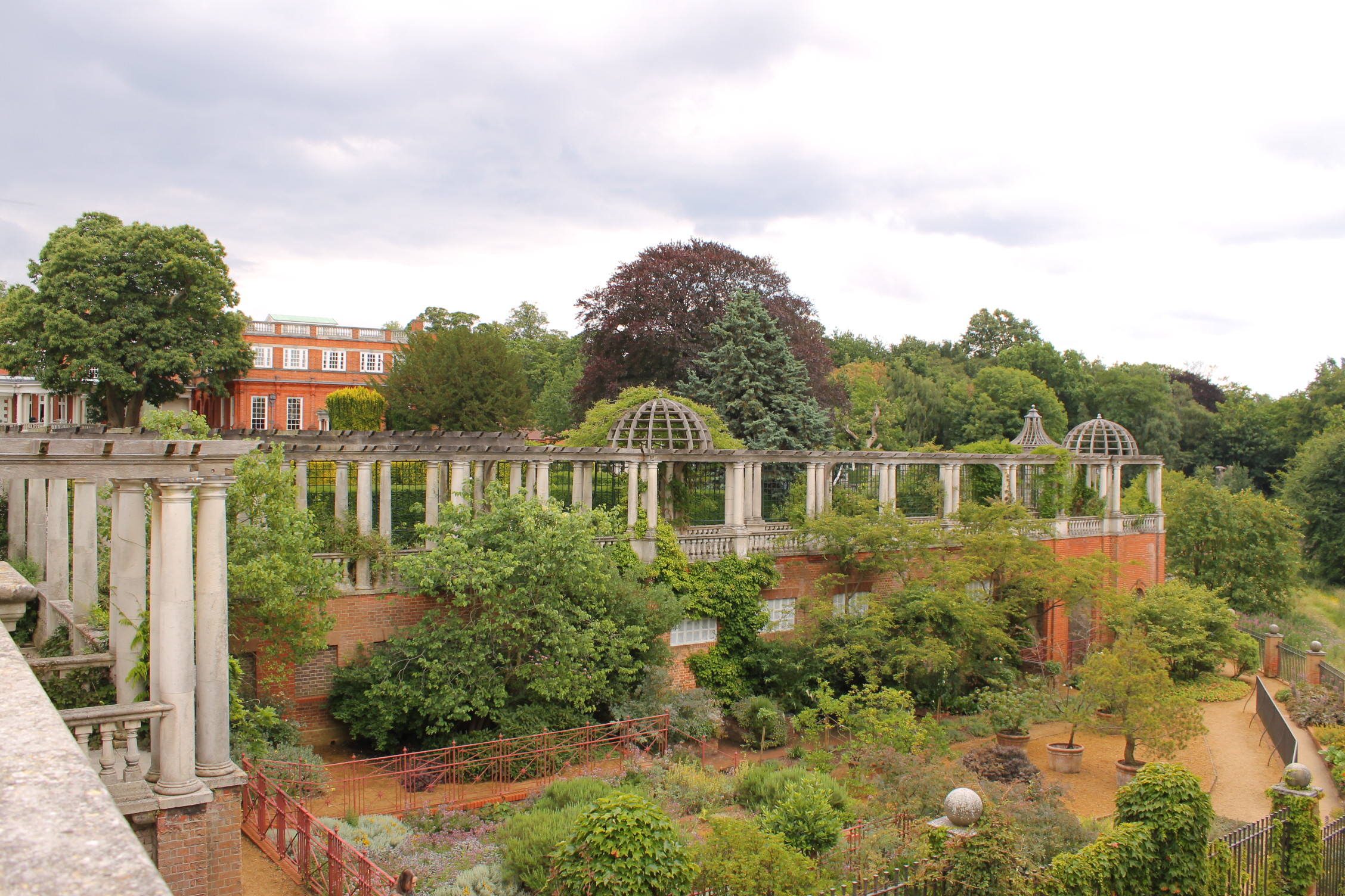 Hill Garden and Pergola Hampstead Hill - Beatriz Ramirez