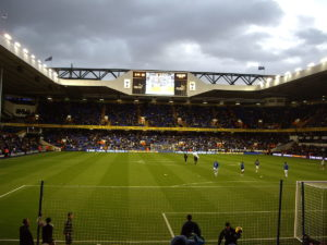 Tottenham warm up, photography by Sachab. CC BY 2.0, https://commons.wikimedia.orgwindex.phpcurid=12743015